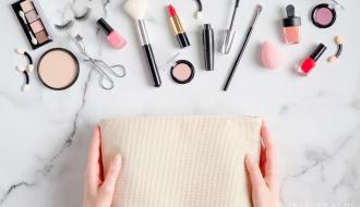 The Best Travel Makeup Bag